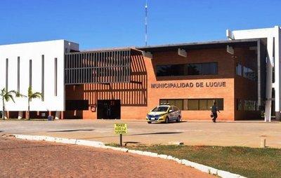 Masivos despidos en la Municipalidad de Luque •