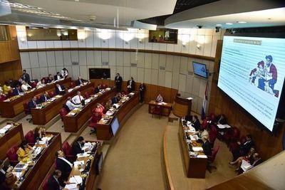 Senado acorta plazo para adopciones