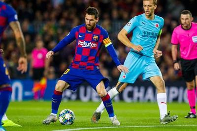 Barcelona iguala ante Slavia Praga en el Camp Nou