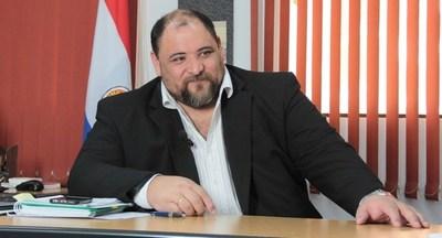 Director de Informática defiende tecnología de las máquinas de votación