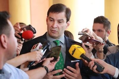 Senador Ovelar ratifica su postura de rechazo a las listas desbloqueadas