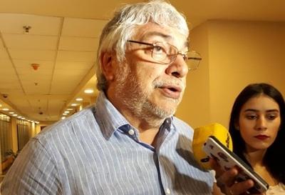 Lugo señala desconfianza en las urnas electrónicas