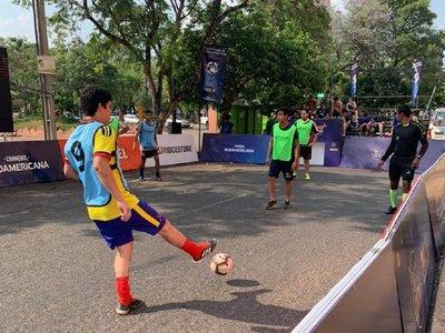 Actividades en la Costanera en la previa de la final de Sudamericana