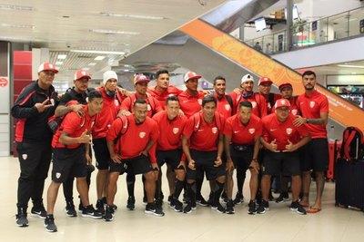 Tahití, la primera selección en arribar al país