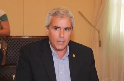Suspensión de licitación de máquinas de votación 'es un atropello a la voluntad popular', según Zavala