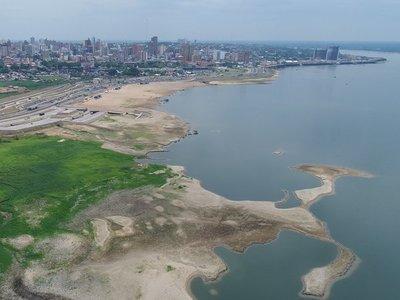 A pocos meses de la inundación, sequía encrudece panorama del río Paraguay