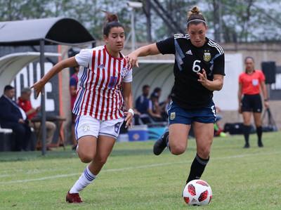 La Albirroja femenina cae ante Argentina en amistoso