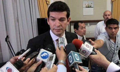 "Sergio Godoy, senador gracias a listas sábanas, alerta sobre ""complot contra el desbloqueo""."