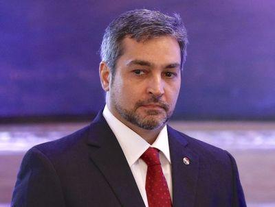 Mario Abdo desmiente injerencia para no usar urnas electrónicas y desbloqueo de listas