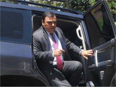 Fiscala pide unificar causas de Javier Díaz Verón y su esposa