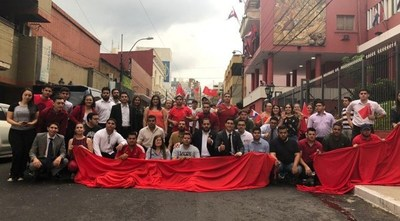 """Elecciones juveniles de la ANR en riesgo: repudian injerencia de """"dinosaurios"""" de la política"""