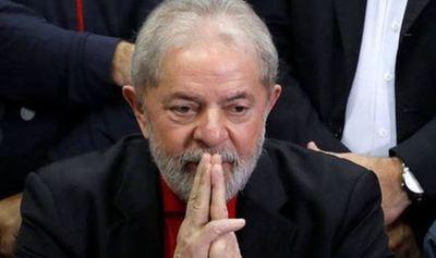 Corte suprema de Brasil aprueba recurso que puede liberar a Lula