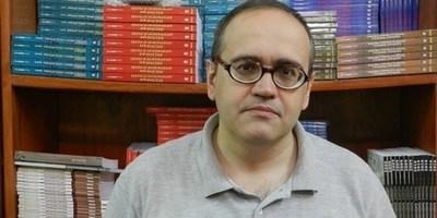 """Analista tiene una visión diferente: """"No es obligatorio el uso de urnas electrónicas para el desbloqueo de listas"""""""