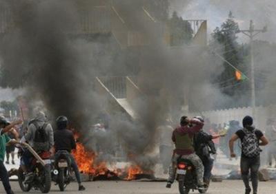 Se extiende la violencia en Bolivia y ya hay tres muertos y 346 heridos