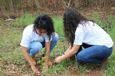 Inicia proceso de recuperación de zona verde del Parque Guasu