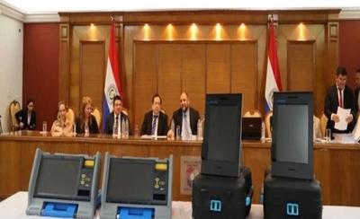 HOY / Lío por máquinas de votación: convocan de urgencia a ministros del TSJE