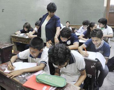 Deficiente gestión del MEC y las comunas impacta sobre la educación