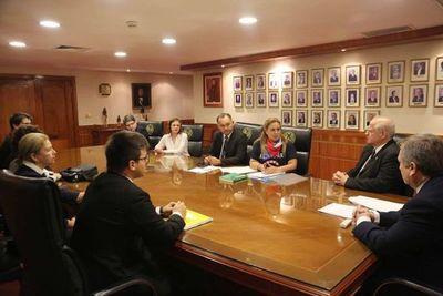 Autoridades judiciales se reúnen con sindicatos de funcionarios del Poder Judicial