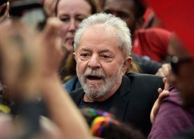 """Lugo alaba """"entereza"""" de Lula"""