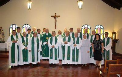 Obispos reclaman diálogo que solucione problemas sociales