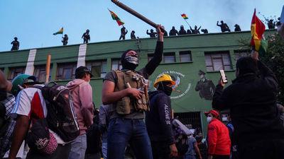 La sublevación de la Policía desata la peor crisis en la era de Evo Morales