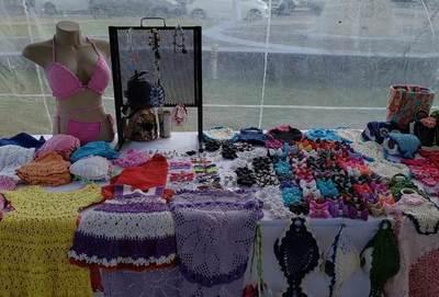 Exposición de artesanía en Luque por la final de la Copa •