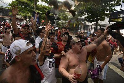 """""""Somos el récord viajando a Asunción"""", dicen los hinchas de Colón"""
