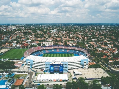 Colón e Independiente del Valle hacerse con la copa en la Nueva Olla