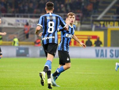 Vecino y Barella sostienen al Inter