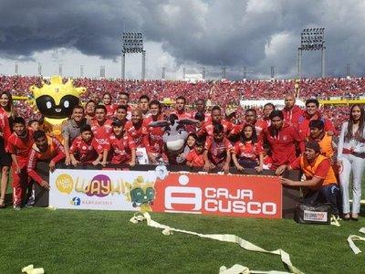 Cienciano vuelve a la Primera de Perú tras cuatro años de ausencia