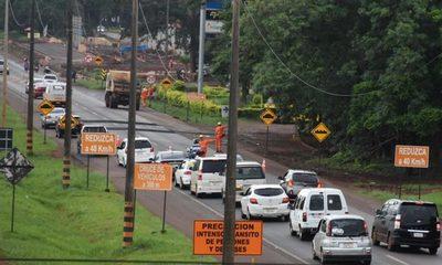 Falta de información genera confusión en el  tránsito en zona de obras del multiviaducto
