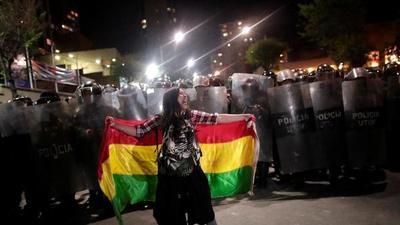 'Es preocupante que instituciones democráticas no disminuyan violencia y desigualdad', dice politóloga