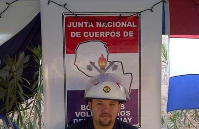 HOY / Comandante de los bomberos azules muere electrocutado