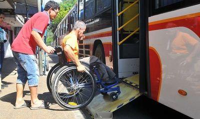 Avanza proyecto que establece pasaje libre y gratuito para personas con discapacidades