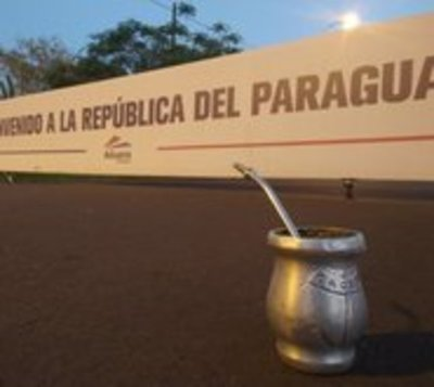 Hinchas de Colón rescatan anécdotas con paraguayos en hilo de Twitter
