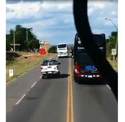 DINATRAN multa a empresa cuyo bus bloqueó paso de Olimpia