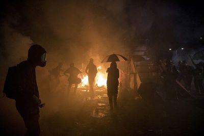 Enfrentamientos en las universidades y en el distrito de negocios de Hong Kong