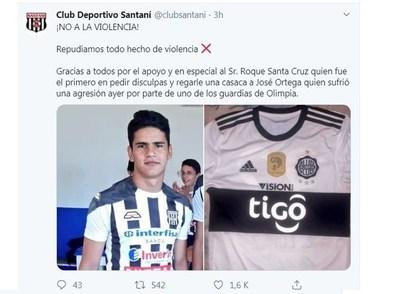 Agresión a pasapelotas causó indignación. Roque Santa Cruz le regaló una remera de Olimpia
