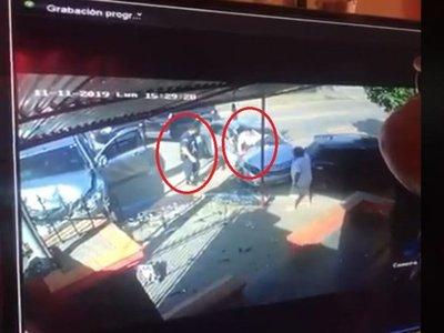 Fue pillado por el titular y chocó al intentar escapar