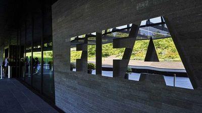 Tres exdirigentes de la Conmebol son inhabilitados de por vida por la FIFA
