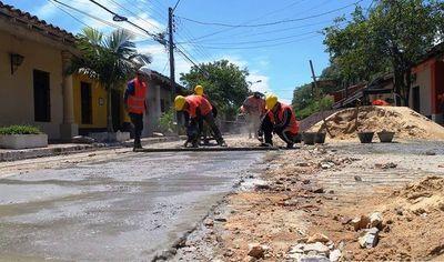 """Inician obras de """"revitalización"""" de la Peatonal Histórica de Luque •"""