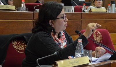 "Esperanza Martínez: ""Evo renunció porque lo iban a matar"""