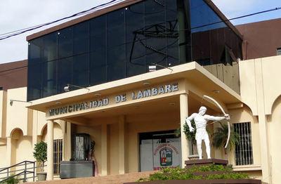 Funcionarios coparon la comuna de Lambaré y provocaron renuncia de administrador
