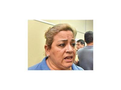 Sitian Comuna lambareña y logran renuncia del director administrativo