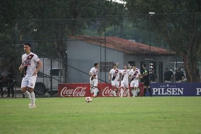 River Plate remonta en Luque y se queda con los tres puntos