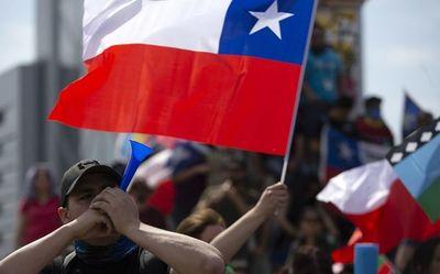 Chile: Última jornada de protestas dejó 849 detenidos y 46 civiles heridos