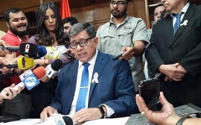 Intendente de Lambaré ratifica que no renunciará al cargo