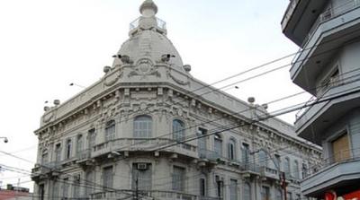 Hacienda y Tributación se suma con huelga a pedido de aumento salarial