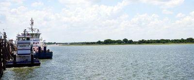 Plantean concesionar río Paraguay para mejorar navegabilidad