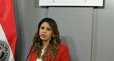 Cecilia Pérez asume como nueva ministra de Justicia y anuncia reforma penitenciaria